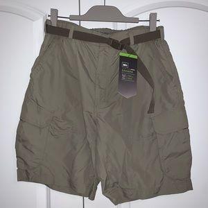 REI Co-op Sahara men's cargo hiking shorts green